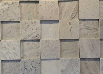 Pedra São Tomé Branca Serrada 10x10 cm