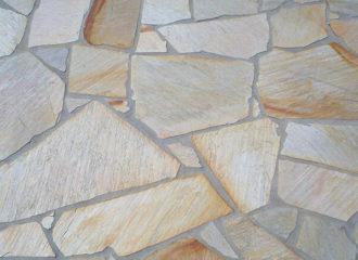 Retalhos de Pedra Mineira para Pisos